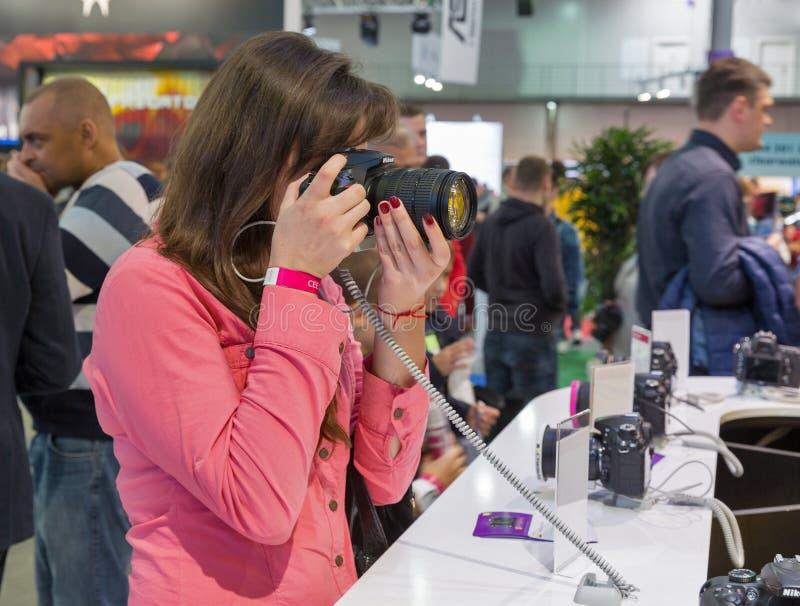 Nikon-Stand während CEE 2017 in Kiew, Ukraine lizenzfreie stockfotografie