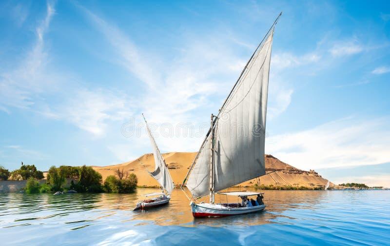 Nil und Boote lizenzfreie stockfotografie
