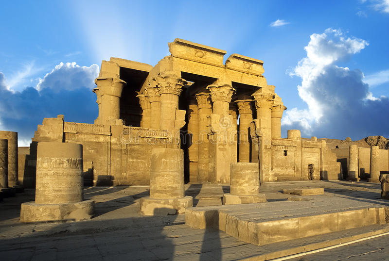 Nile Temple av Kom Ombo, Egypten royaltyfri fotografi