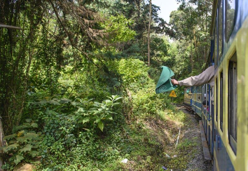 Nilgiri山火车向乌塔卡蒙德 免版税库存照片