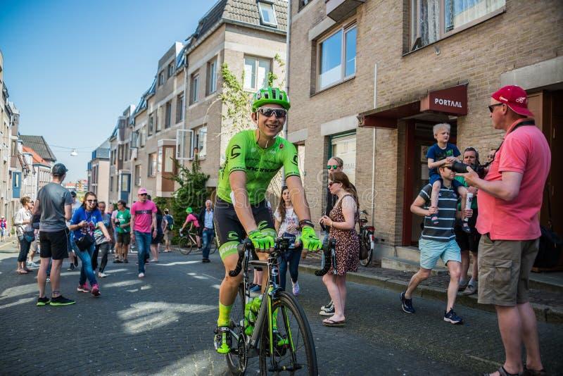 Nimègue, Pays-Bas le 8 mai 2016 ; Cycliste professionnel de Davide Formolo pendant le transfert image libre de droits
