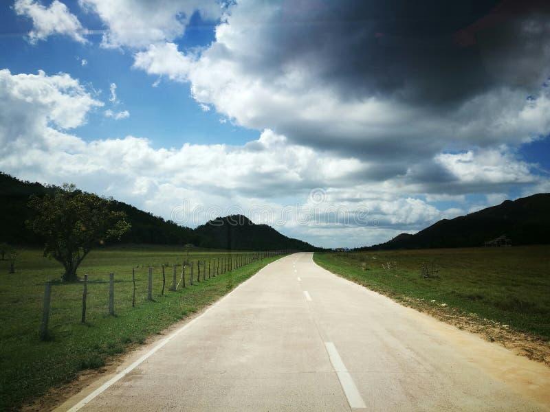Nimbus-Road royalty-vrije stock foto