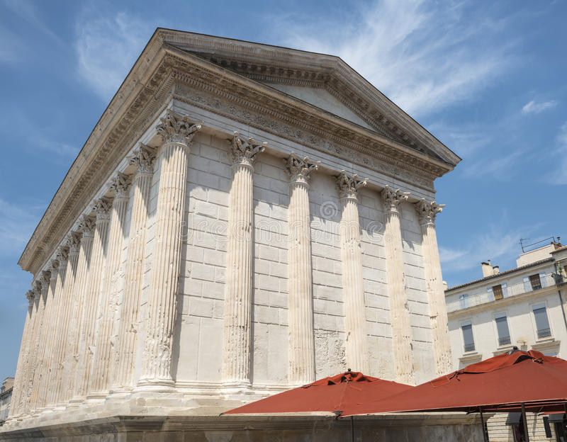 Download Nimes: Maison Carree stock image. Image of blue, gard - 37004885