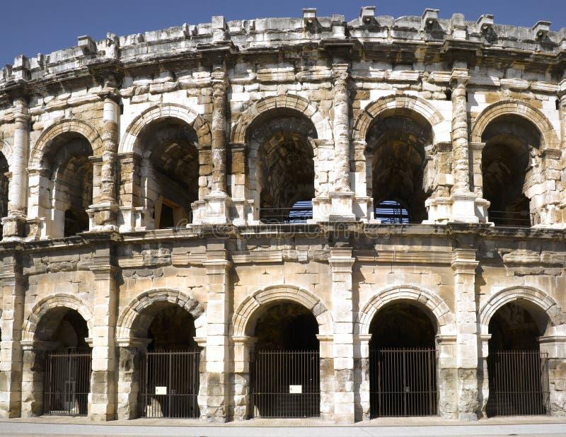 Nimes: O amphitheater romano foto de stock royalty free