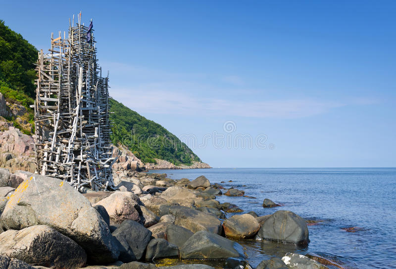 Nimis torn på kusten royaltyfri bild