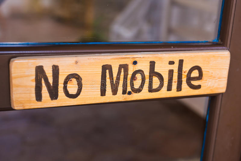 Ningún texto del teléfono móvil fotografía de archivo libre de regalías