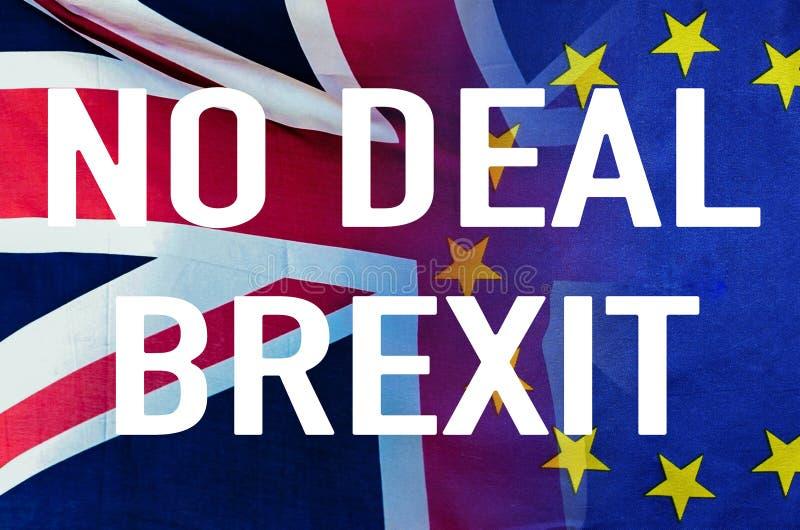 Ninguna imagen conceptual del trato BREXIT del texto sobre la imagen de Londres y de las banderas de Reino Unido y de la UE que s imágenes de archivo libres de regalías
