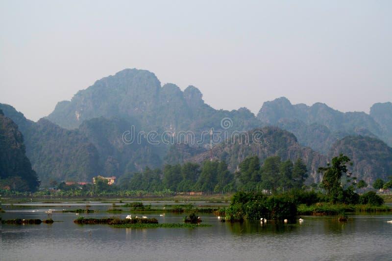 Ninh Bình石灰石风景 库存照片