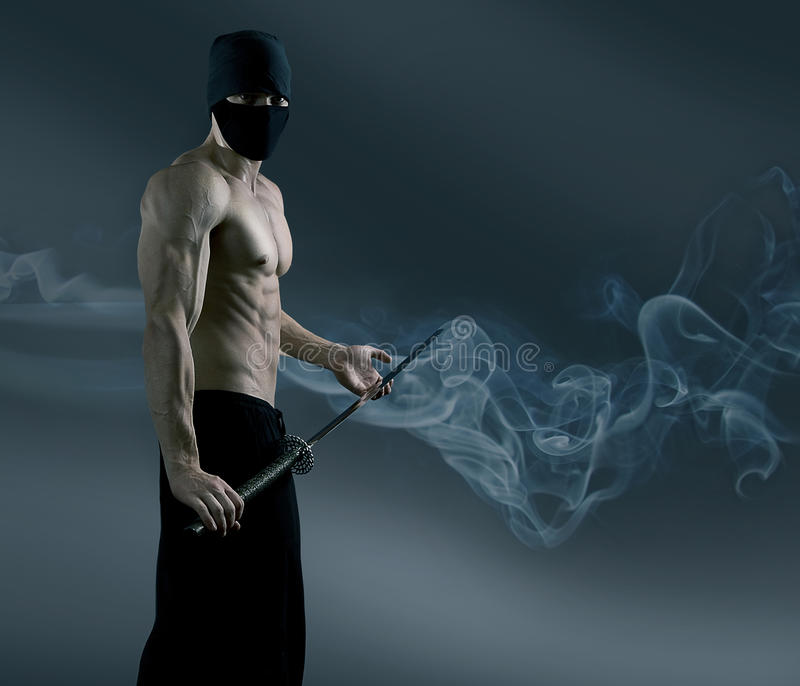 Ninja wyciągał katana kordzika obrazy royalty free