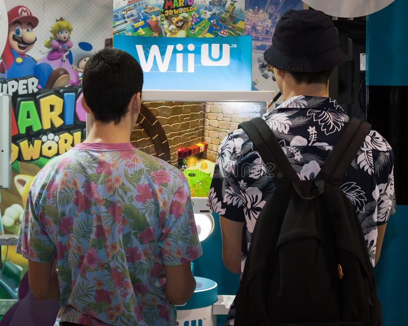 Nintendo ställning på Cartoomics 2014 i Milan, Italien royaltyfri fotografi