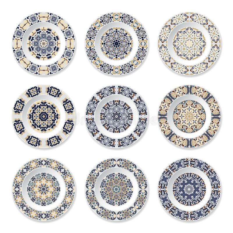 Nio dekorativa plattor med den cirkulär färgade modellen stock illustrationer