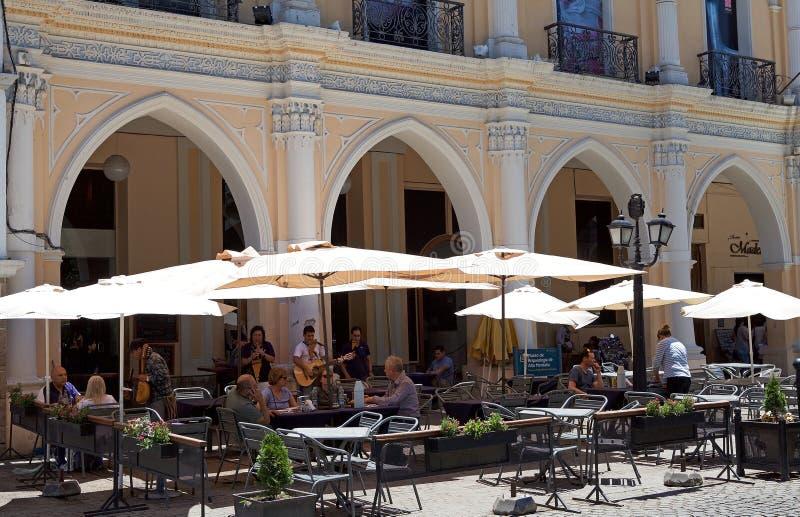 Nionde av den Juli plazaen i Salta, Argentina arkivbild