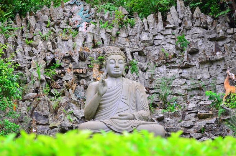 Nirvana de assento 3 de buddha imagens de stock