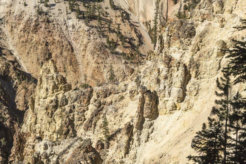 Niski Yellowstone Spada dolinne falezy blisko Artist& x27; s punkt obrazy stock
