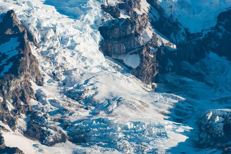 Nisqually glaciär på Mount Rainier, montering Rainier Park arkivfoto