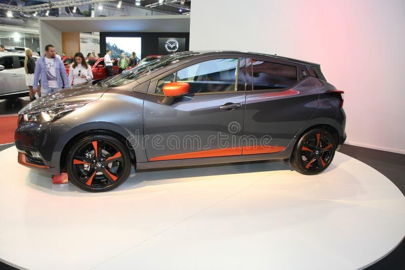 Nissan an Belgrad-Car Show stockbilder