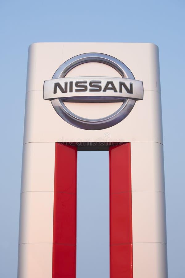 Nissan Dealer Sign fotografía de archivo