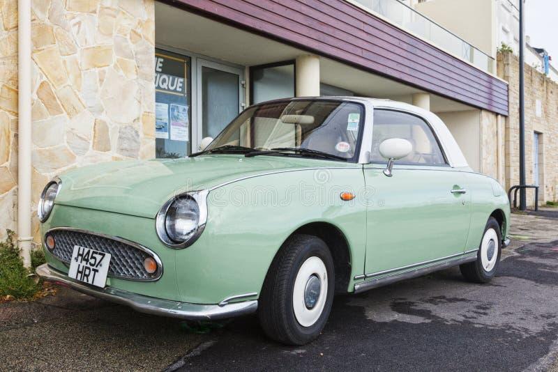 Nissan Figaro d'annata immagini stock libere da diritti