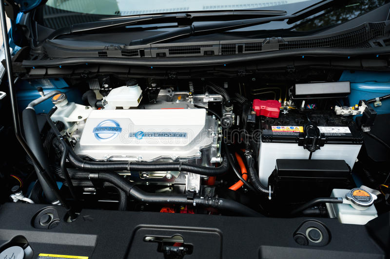 Nissan Leaf Electric Car Engine Editorial Image - Image of electric ...