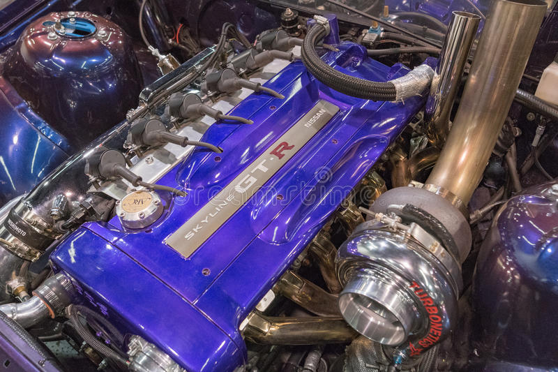 Nissan Skyline GT-r motor på skärm royaltyfri fotografi
