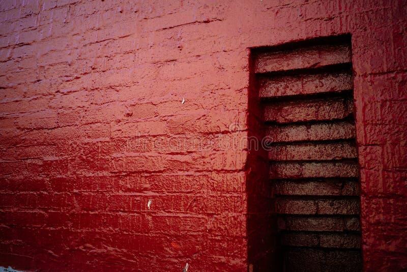 Nisza w czerwonej ścianie z cegieł obrazy royalty free