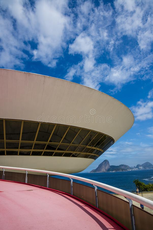 Niteroi Art Museum contemporain, Brésil photographie stock libre de droits
