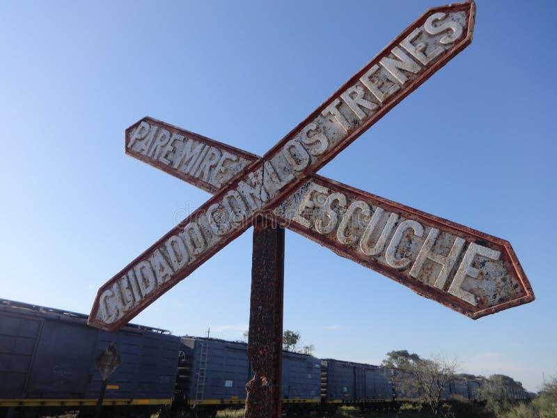Niveauübergang der Signaleisenbahn lizenzfreie stockfotografie