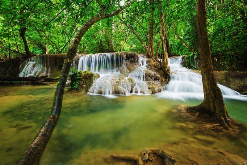 Niveau 7 von Wasserfall Huay Mae Kamin in Khuean Srinagarindra Nati stockfoto