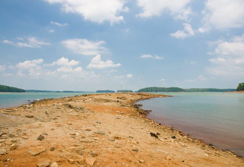 Niveaux 2008 d'eau inférieure de barrage de Buford image stock