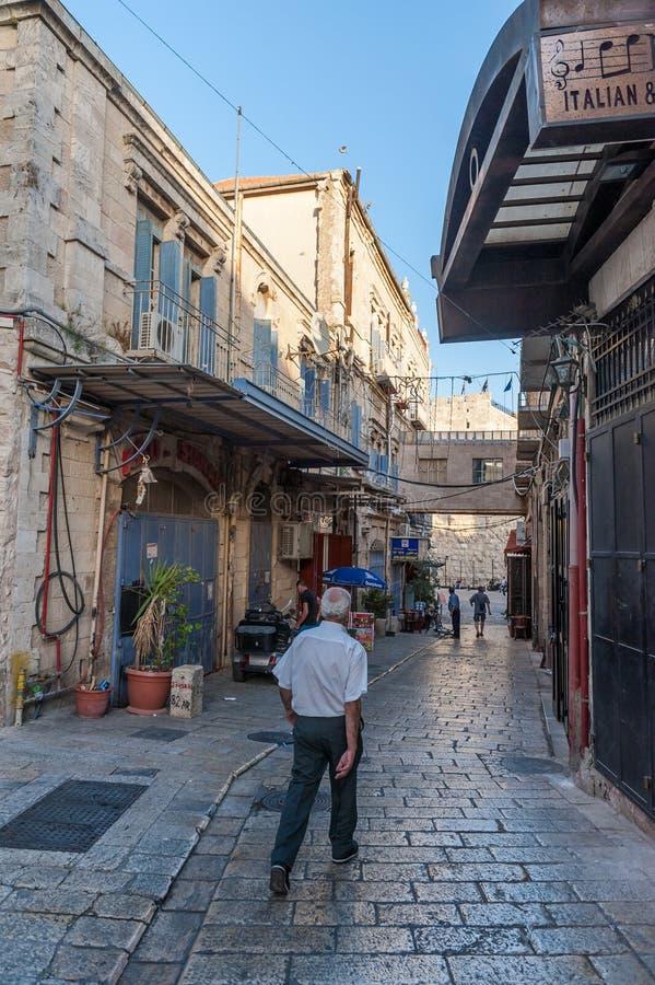 Nivelando a caminhada no Jerusalém fotografia de stock