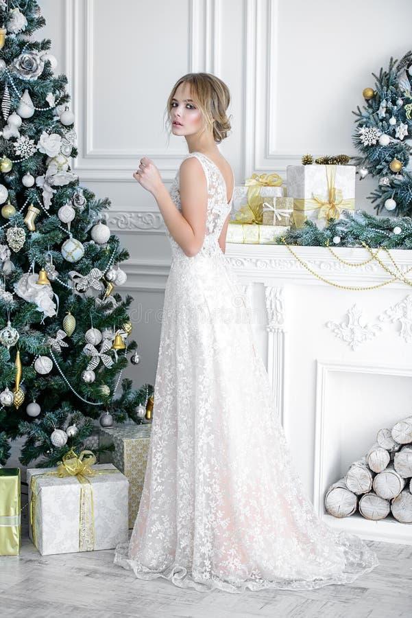 nivelando o vestido longo imagem de stock royalty free