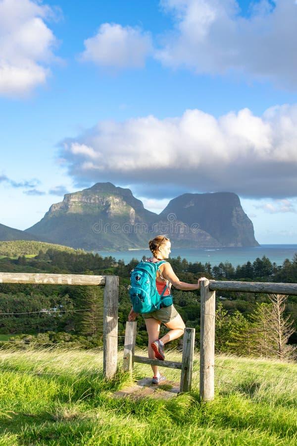 Nivelando a opinião do por do sol Lord Howe Island subtropical no mar de Tasman, pertencendo a Austrália foto de stock