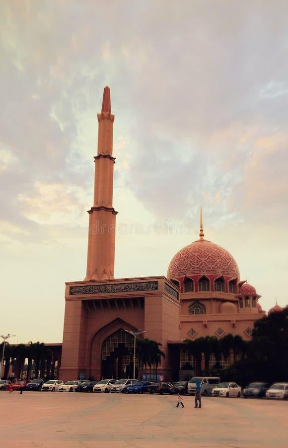 Nivelando a vista de Masjid em malaysia imagem de stock royalty free