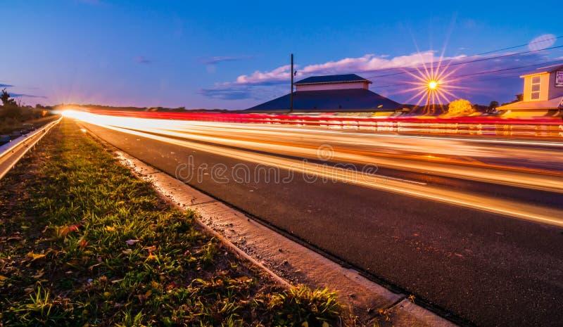 Nivelar comuta o tráfego perto do norte e do South Carolina do wylie do lago fotos de stock