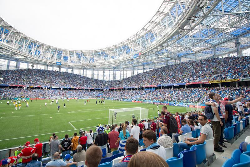 Nizhniy Novgorod, Russia - 6 luglio: Tribune dello stadio di Nizhniy Novgorod dell'arena durante la coppa del Mondo 2018 della FI fotografia stock