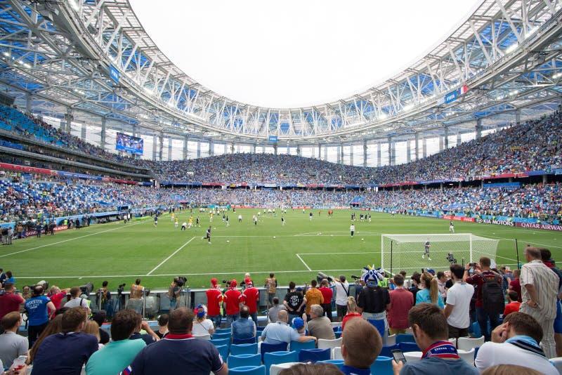 Nizhniy Novgorod, Russland - 6. Juli: Tribünen von Stadion Arena Nizhniy Novgorod während Fußball-Weltmeisterschaft 2018 stockbild