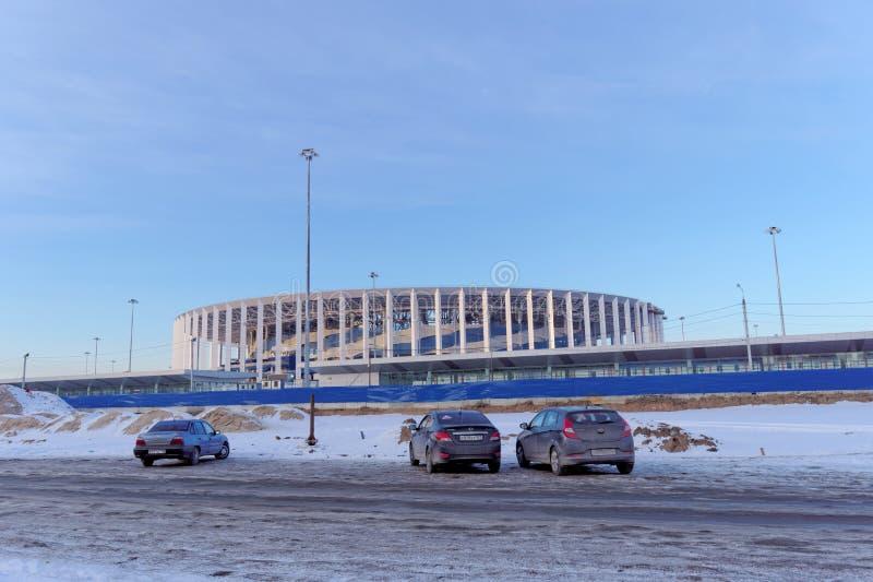 Nizhny Novgorod, Rússia - 2 de março 2018 Construção do estádio em Nizhny Novgorod ao campeonato do mundo 2018 de FIFA fotos de stock royalty free