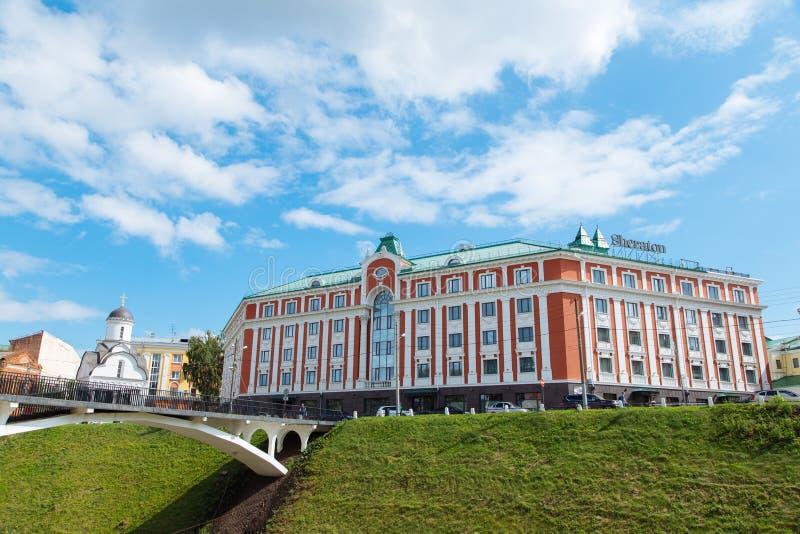 Nizhny Novgorod, Rusia, el 12 de julio de 2019 - Sheraton Hotel foto de archivo