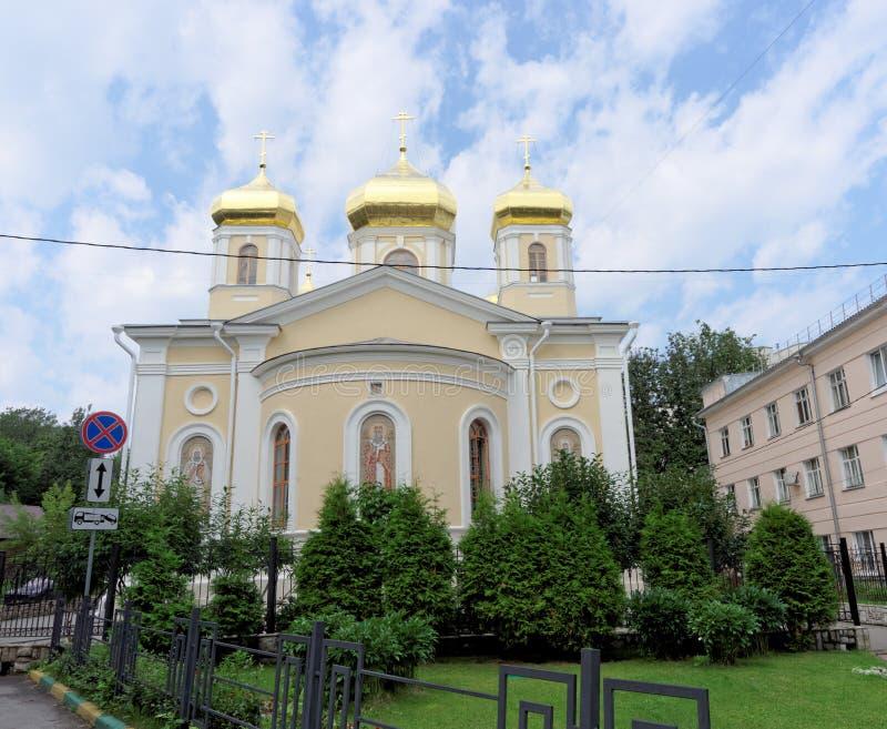 Nizhny Novgorod, Russie - 14 juillet 2016 Hierarchs saints d'église du séraphin-Divee de trinité sainte de metochion de Moscou Ni image stock