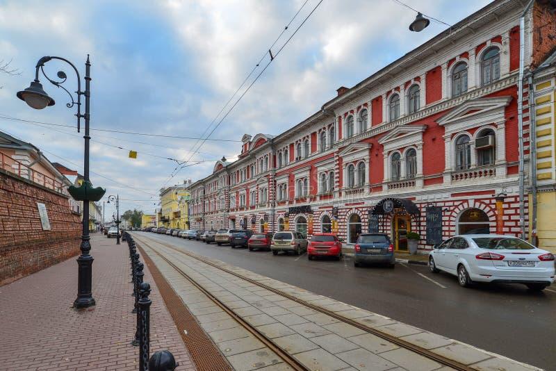 Nizhny Novgorod RYSSLAND - November 02 2015 arkitektonisk monument - byggnad av partnerskap för Maskin-byggnad produktion - royaltyfri bild