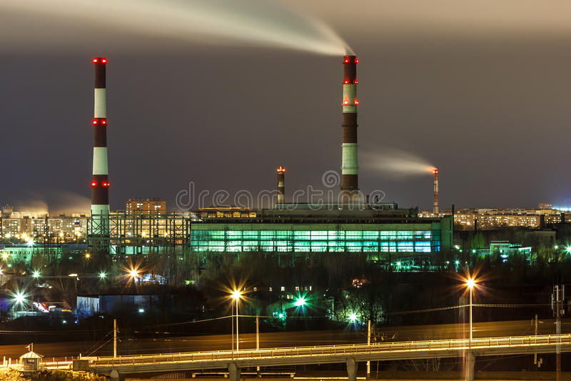 Nizhny Novgorod Sormovskaya gecombineerde hitte en elektrische centrale royalty-vrije stock afbeeldingen