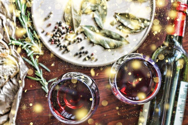 Noël, jour de thanksgiving, vin, ciabatta, romarin, épices fa photos libres de droits