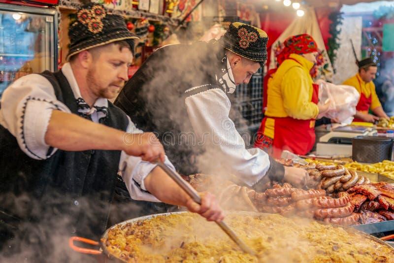 Noël juste avec les produits traditionnels, Timisoara, Roumanie photos libres de droits