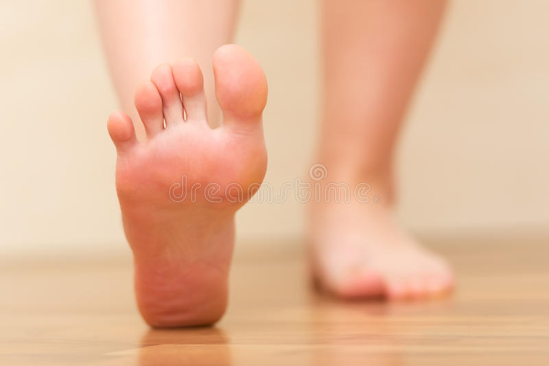 Nożny kroczenia zbliżenie obrazy stock