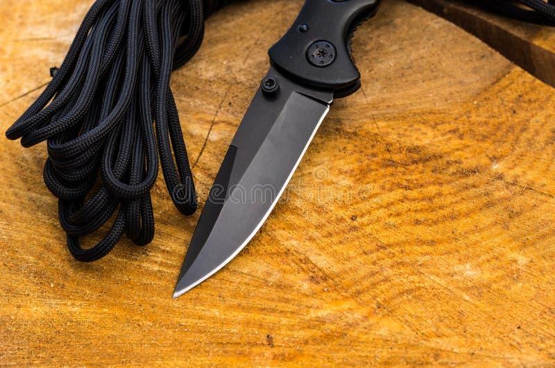 Nożowy ostrze jest czarny Krawędź ostry nóż obrazy stock