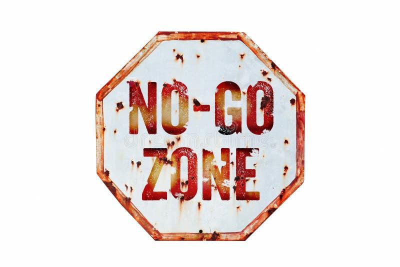 """No去Zoneâ€的警报信号脏的白色和红色老生锈的公路交通标志纹理背景 库存图片"