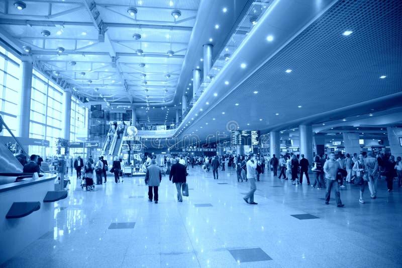 No aeroporto imagem de stock