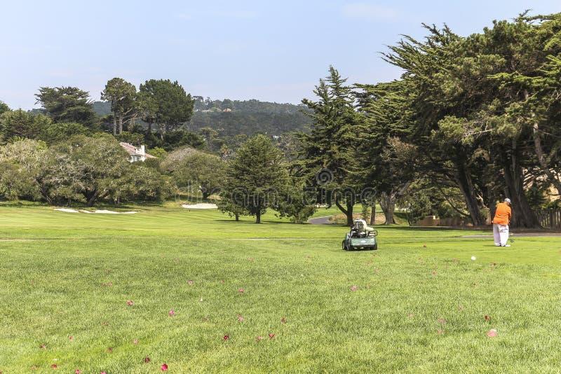 No campo de golfe dos seixos em Califórnia foto de stock royalty free
