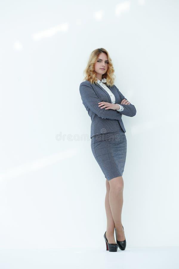 No crescimento completo Mulher de negócio confiável fotografia de stock