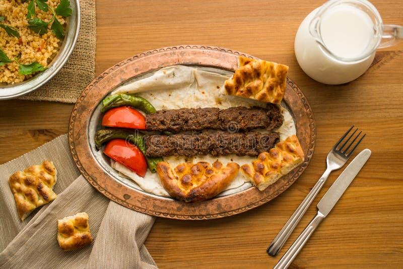 No espeto de adana do turco fotografia de stock royalty free
